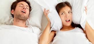 4 cara mengatasi mendengkur saat tidur
