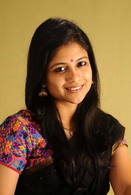 Tamil Actress Aditi Balan Photo