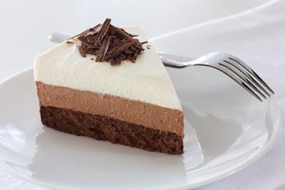bánh mousse kem tươi chocolate