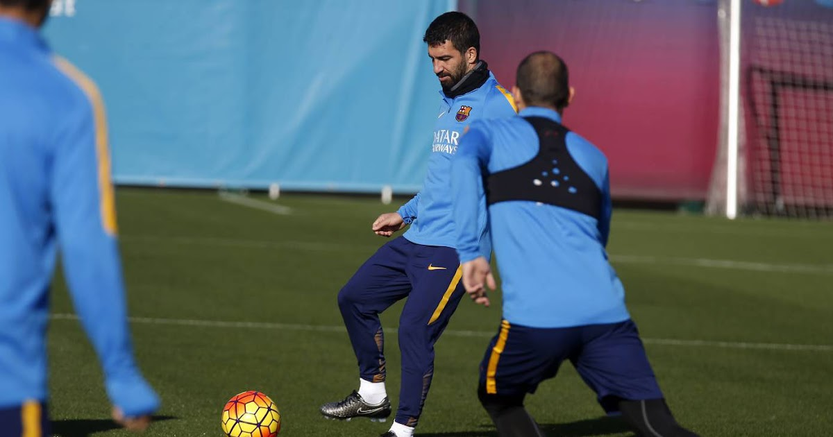 ec51e82579fc Arda Turan Switches to Customized Nike Magista Opus Boots Ahead of  Barcelona Debut - Footy Headlines