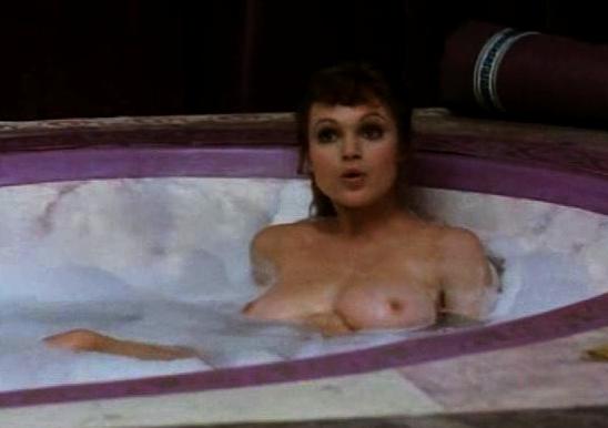 Christina aguilera nude boobs in mtv diary tv show - 4 7
