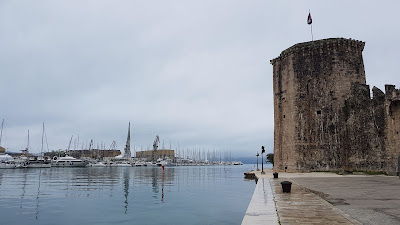 Castello sul mare