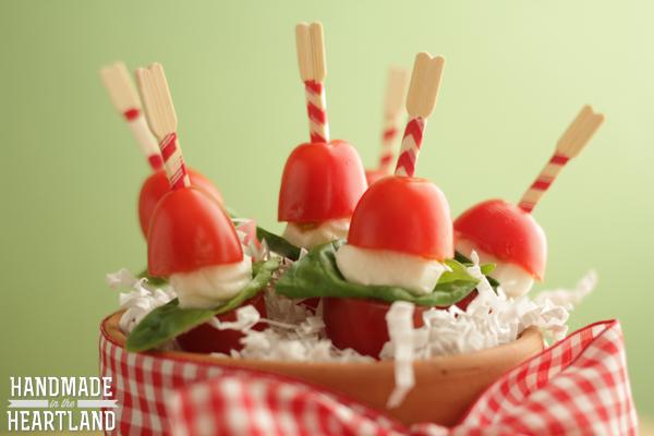 Caprese Bites: Cherry tomato, Basil, Mozzarella Pearl
