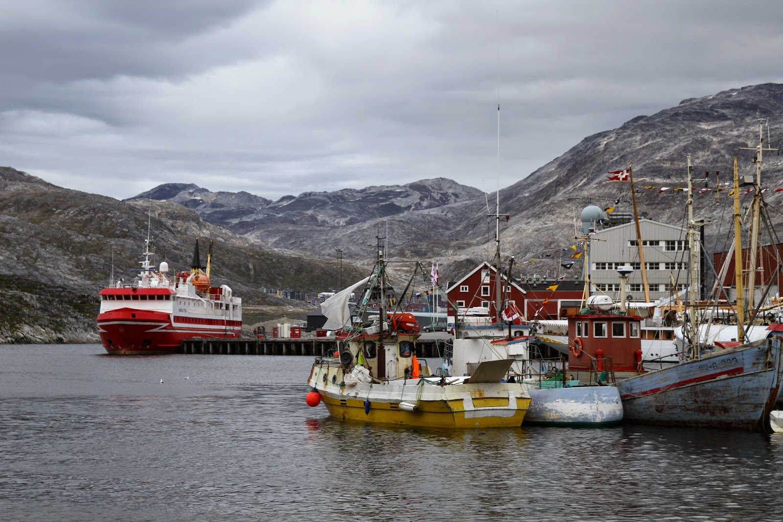 A bordo do SARFAQ ITTUK (de Nuuk a Sisimiut e Aasiaat) pela costa oeste da Gronelândia a bordo - Parte II | Gronelândia
