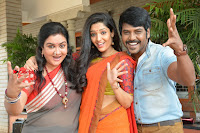 Raghava Lawrence Ritika Singh starring Shivalinga Movie Stills  0017.jpg