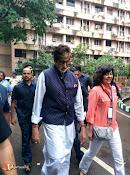 Amithab at jj hospital Maha Cleanathon-thumbnail-2