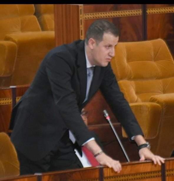 البرلماني طارق القادري:.. فقدان الثقة في الحكومة وراء تراجع الاستثمار وعجلة الاقتصاد متوقفة