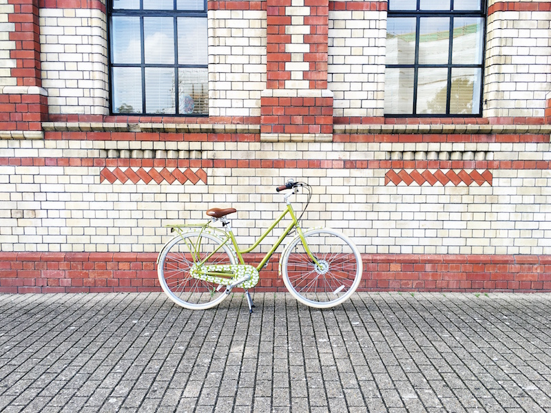 Back in the Saddle with Halfords - Orla Kiely Classic Womens Bike green leaf design review