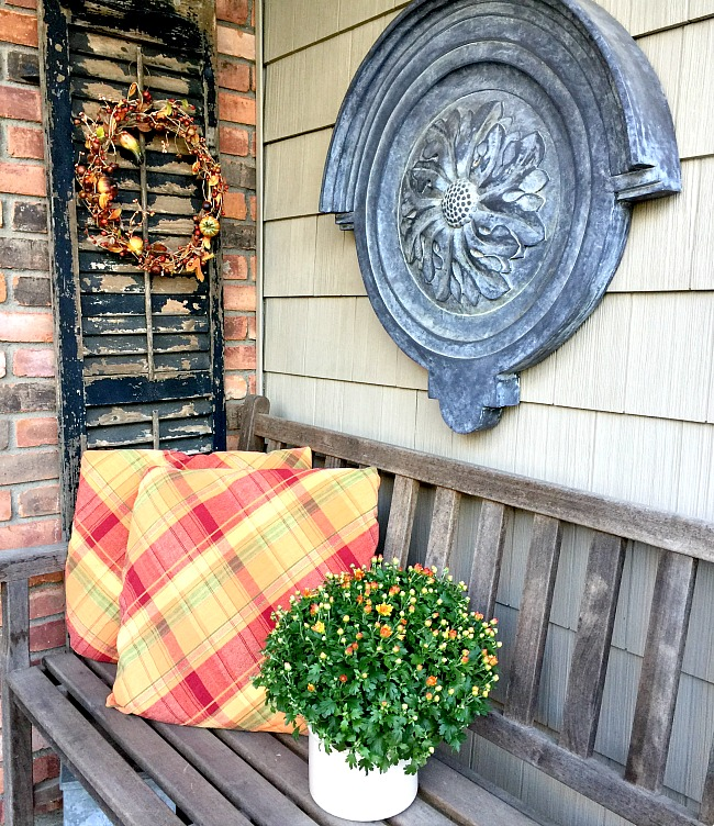 Front porch seasonal DIY pillow covers www.homeroad.net