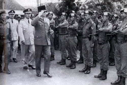 Invasi Indonesia ke Malaysia - kubaca.web.id