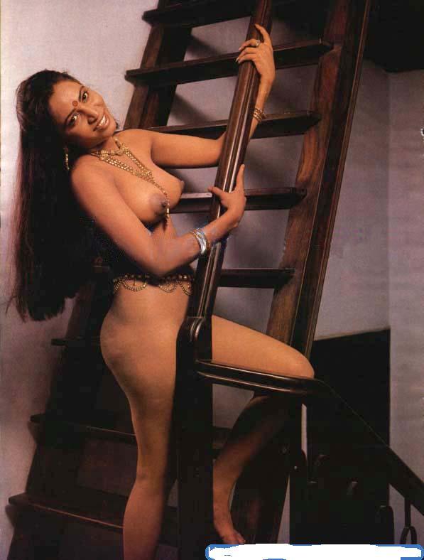 Hot nude boobs South Indian housewife bhabhi