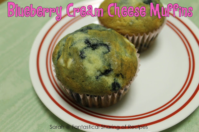 Blueberry Cream Cheese Muffins - a sweet, completely addictive muffin complimented by the addition of cream cheese! #breakfast #muffins #blueberry