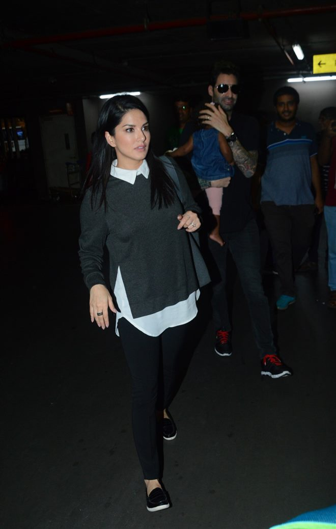 Sunny Leone & Daniel Weber With Daughter Nisha Kaur Spotted At Airport