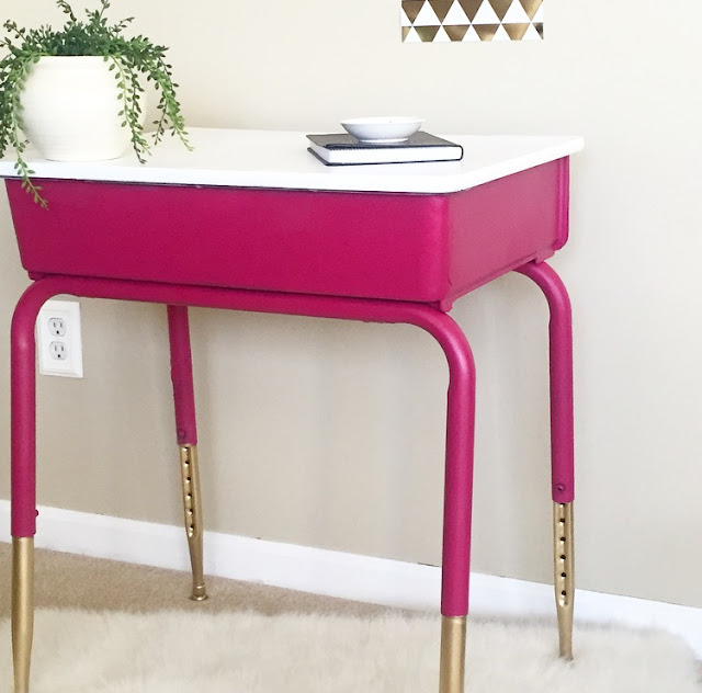 How to Makeover an Old School Desk with Spray Paint #DIY