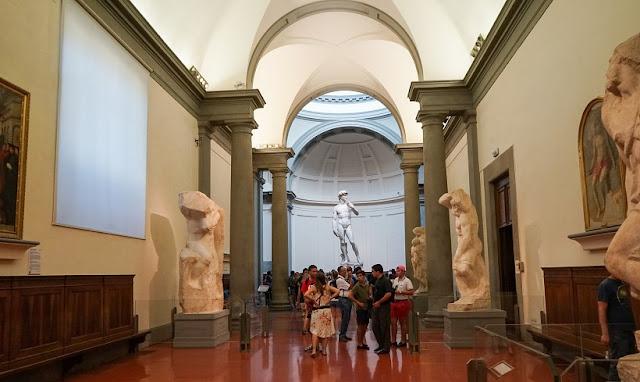 Estrutura da obra de arte David em Florença