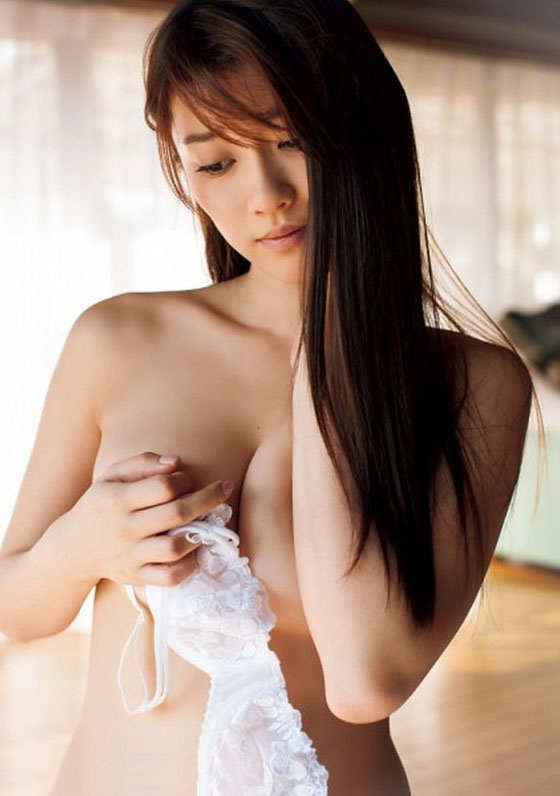 Archived: Mikie Hara – Sexy Idol Gravure Japan
