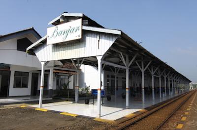 Stasiun Kereta Api Banjar baru (heritage.kereta-api.co.id)