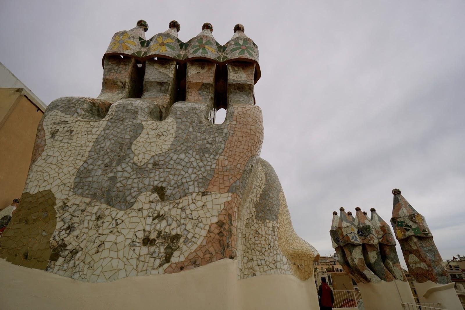 カサ・バトリョ(Casa Batlló) 煙突