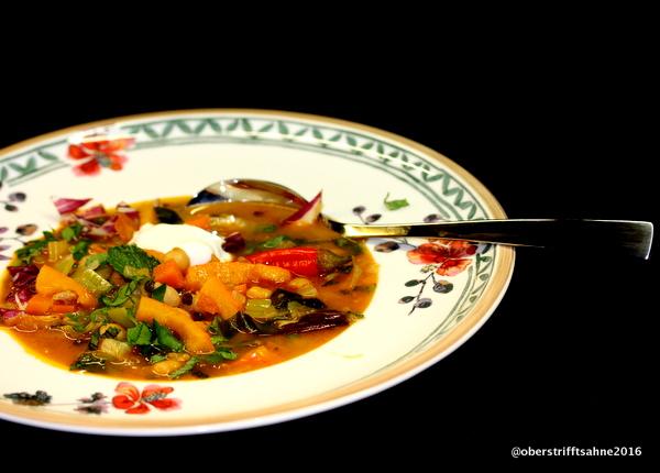 Eintopf mit Kürbis, Kichererbsen,Linsen - orientalisch gewürzt