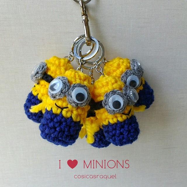 cosicasraquel: Llavero Minion Crochet