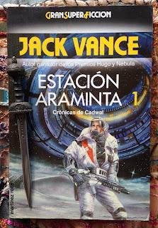 Portada del libro Estación Araminta 1, de Jack Vance