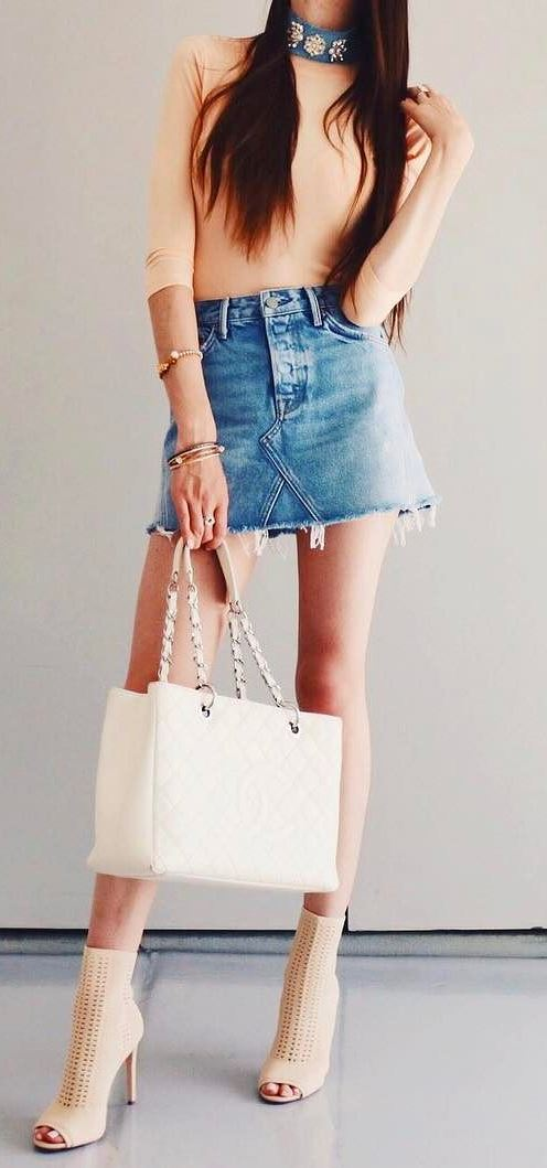 stylish outfit idea: top + skirt + bag + heels