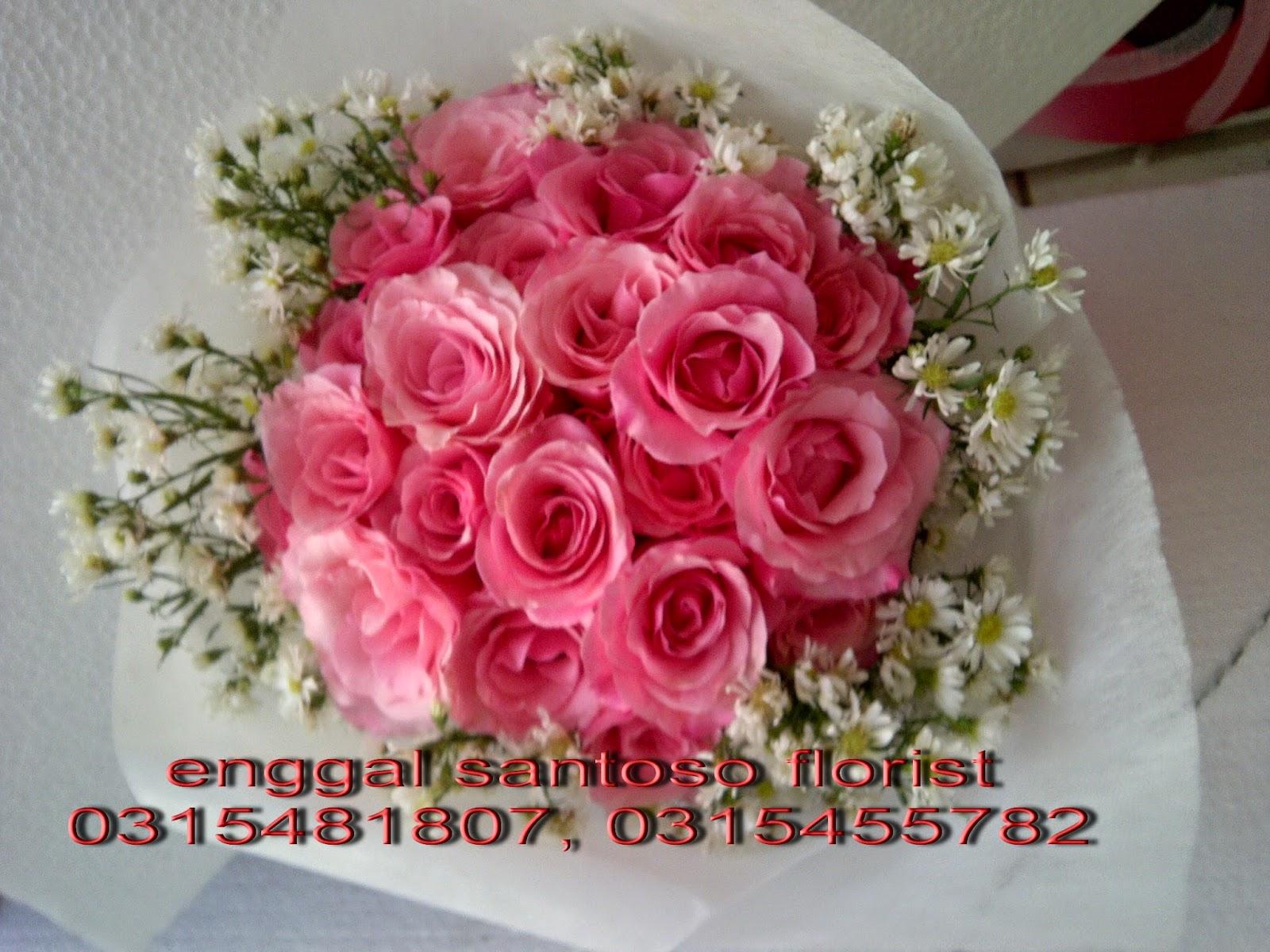 toko online rangkaian karangan bunga tangan surabaya
