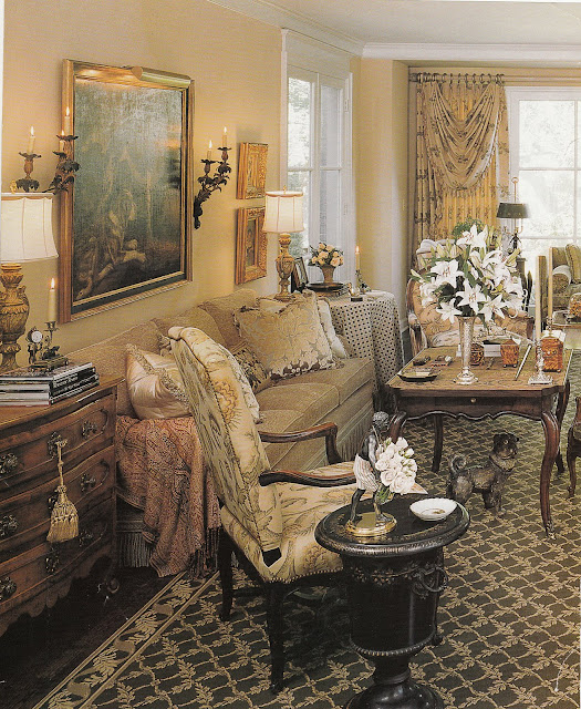 Country Decor Living Room: Hydrangea Hill Cottage: French Country Decorating