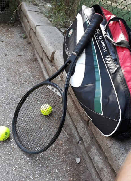 Professional tennis racket for amateurs - the Wilson Pro Staff 97LS review