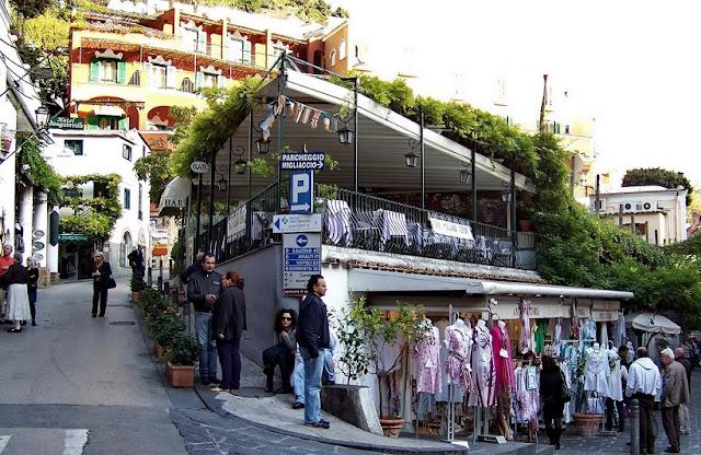 Região central para ficar em Positano
