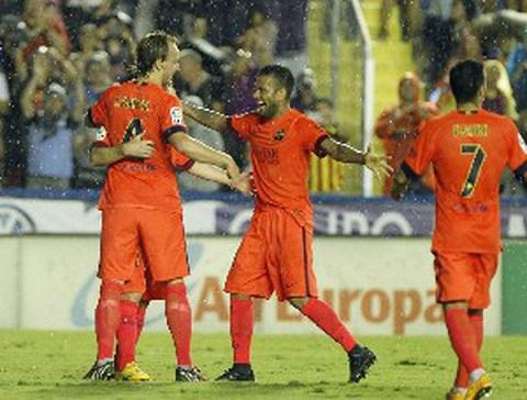 Niềm vui chiến thắng của các cầu thủ CLB Barcelona