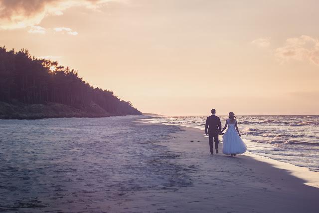 fotografia ślubna plener nad morzem