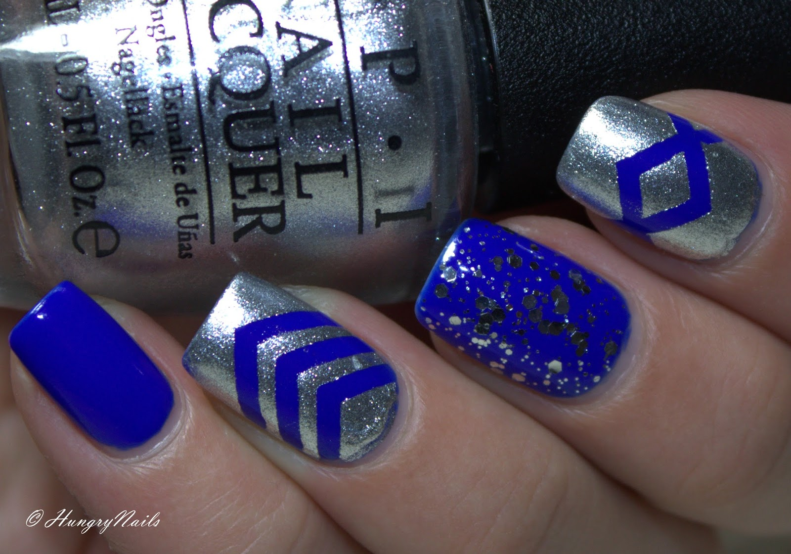 http://hungrynails.blogspot.de/2014/11/blue-friday-silberblaue-skittle-nails.html