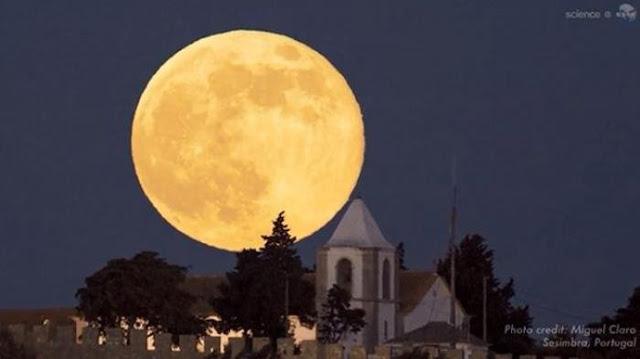 Gerhana Bulan Total Terjadi Hari ini, Begini 11 Urutan Sholat Khusuf dan 10 Amalan Pelebur Dosa