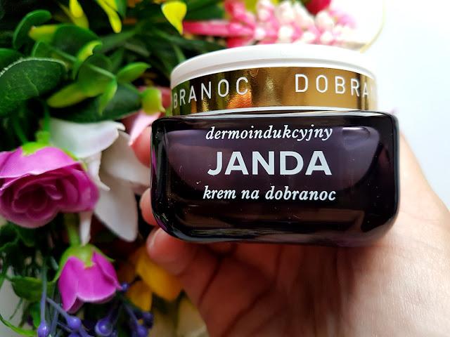 kosmetyki - Revers Cosmetics - Janda siła szafirowego nośnika - Long Vitalash - Biotaniqe Charcoal - Lirene Lab Therapy - Natura Siberica Northern Soap - konturowanie twarzy - kolorówka - makijaż