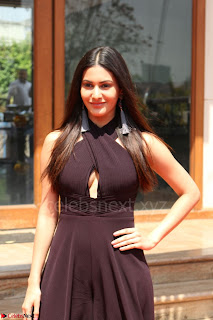 Amyra Dastur Attends Princess India 2016 17 (10).JPG