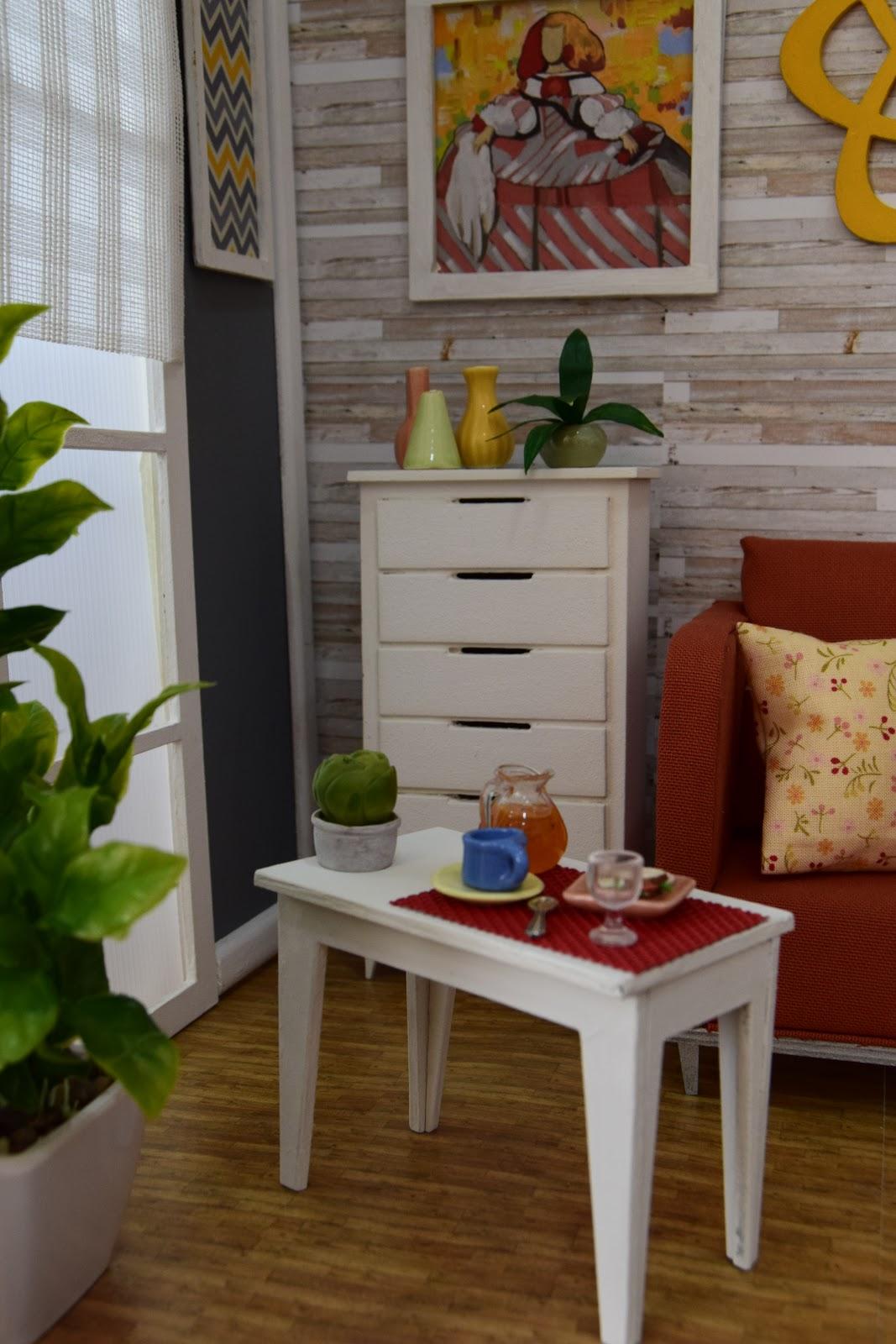 Muebles y complementos en escala 1 6 an orange armchair for Muebles y complementos