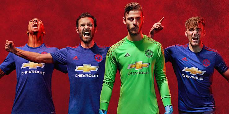 Manchester United 16 17 Goalkeeper Kit Released Footy Headlines