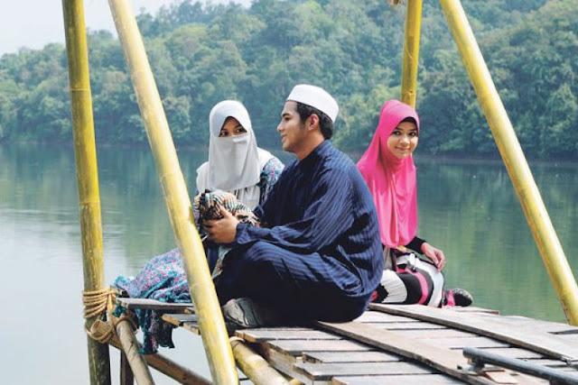 Satu Hal yang Dilarang Keras Oleh Rasullullah untuk Diceritakan Pada Suami