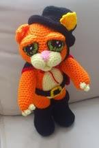 http://novedadesjenpoali.blogspot.com.es/2014/01/patron-de-gato-con-botas.html