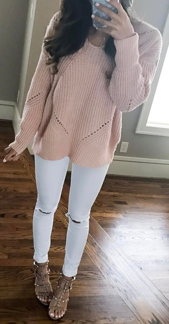 trendy outfit idea: knit + rips