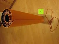 Lieferumfang: Yogamatte »Shitala« / Umweltfreundliche und hypo-allergene TPE-Matte, weich und rutschfest, ideal für alle Yoga-Lehrer und Yogis / Maße: 183 x 61 x 0,5cm / In vielen Farben erhältlich.