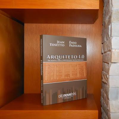 Arquiteto 1.0: um bom livro é um investimento para a vida.