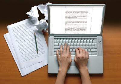 Pengertian penulis