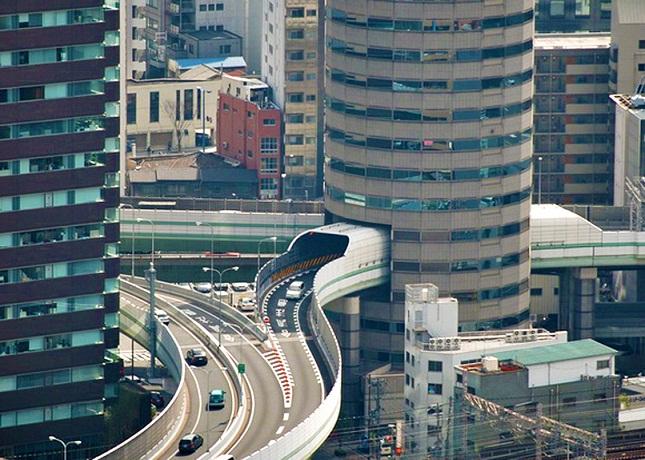The Tower Tunnel, Terowongan Menakjubkan di Jepang