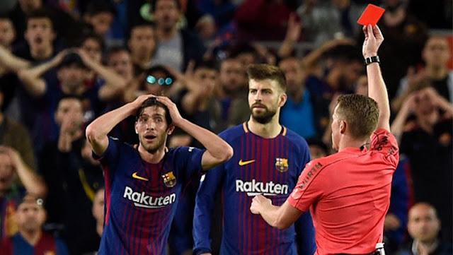 Sergi Roberto mendapat kartu merah pada saat laga EL Clasico