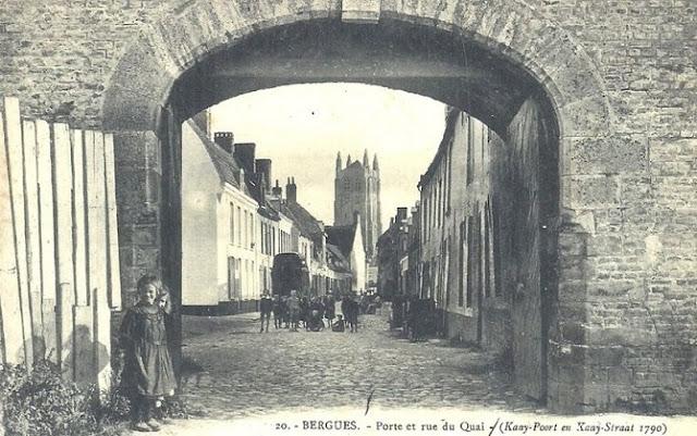 Carte Postale de Bergues - Rue du quai