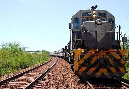 Roberto de Lucena apresenta proposta para estimular o transporte ferroviário no Brasil