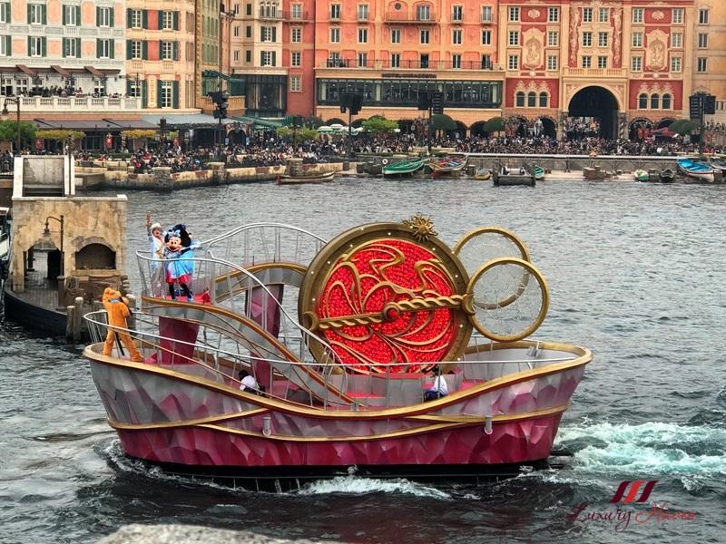 tokyo disneysea mediterranean harbor crystal wishes journey