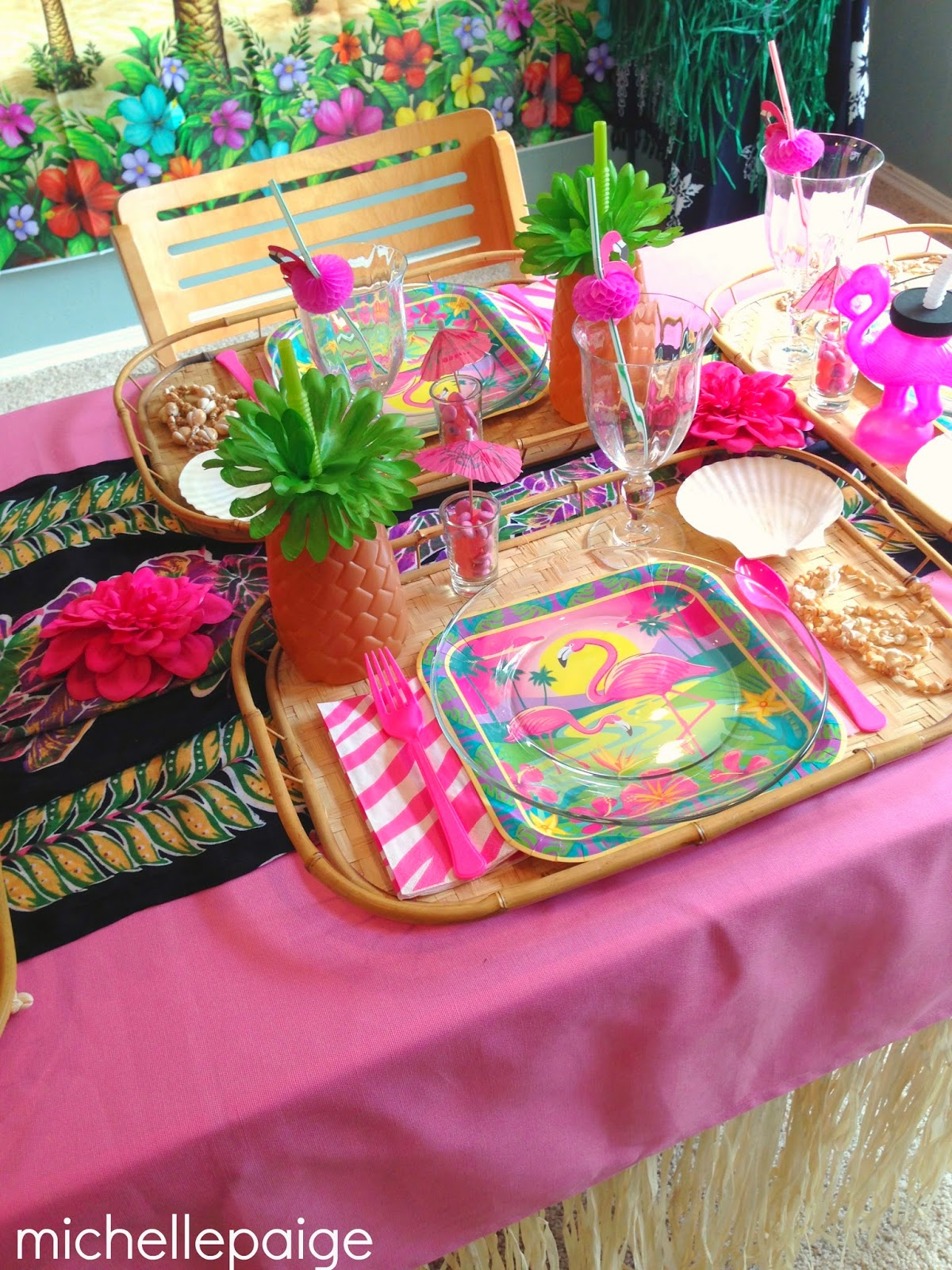 plastic chair covers party city full hawaiian table modern tablecloth miami beach sun